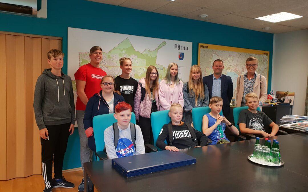 Kas teie olete külastanud Pärnu linnapead tema kabinetis?