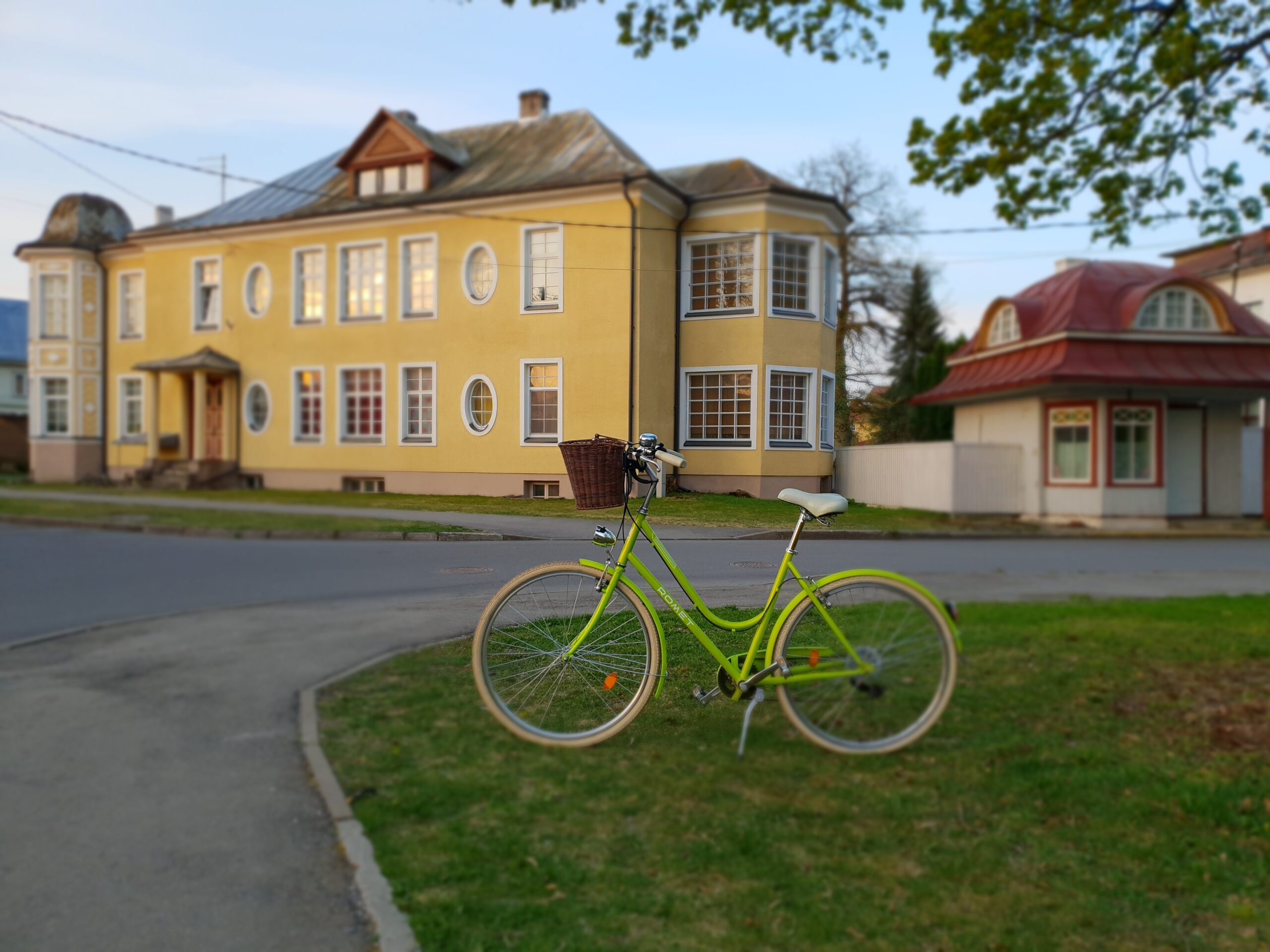 Green Bicycle in Parnu_Errit Kuldkepp_Positively Inspiring Lifestyle_Spring 2019 (14)
