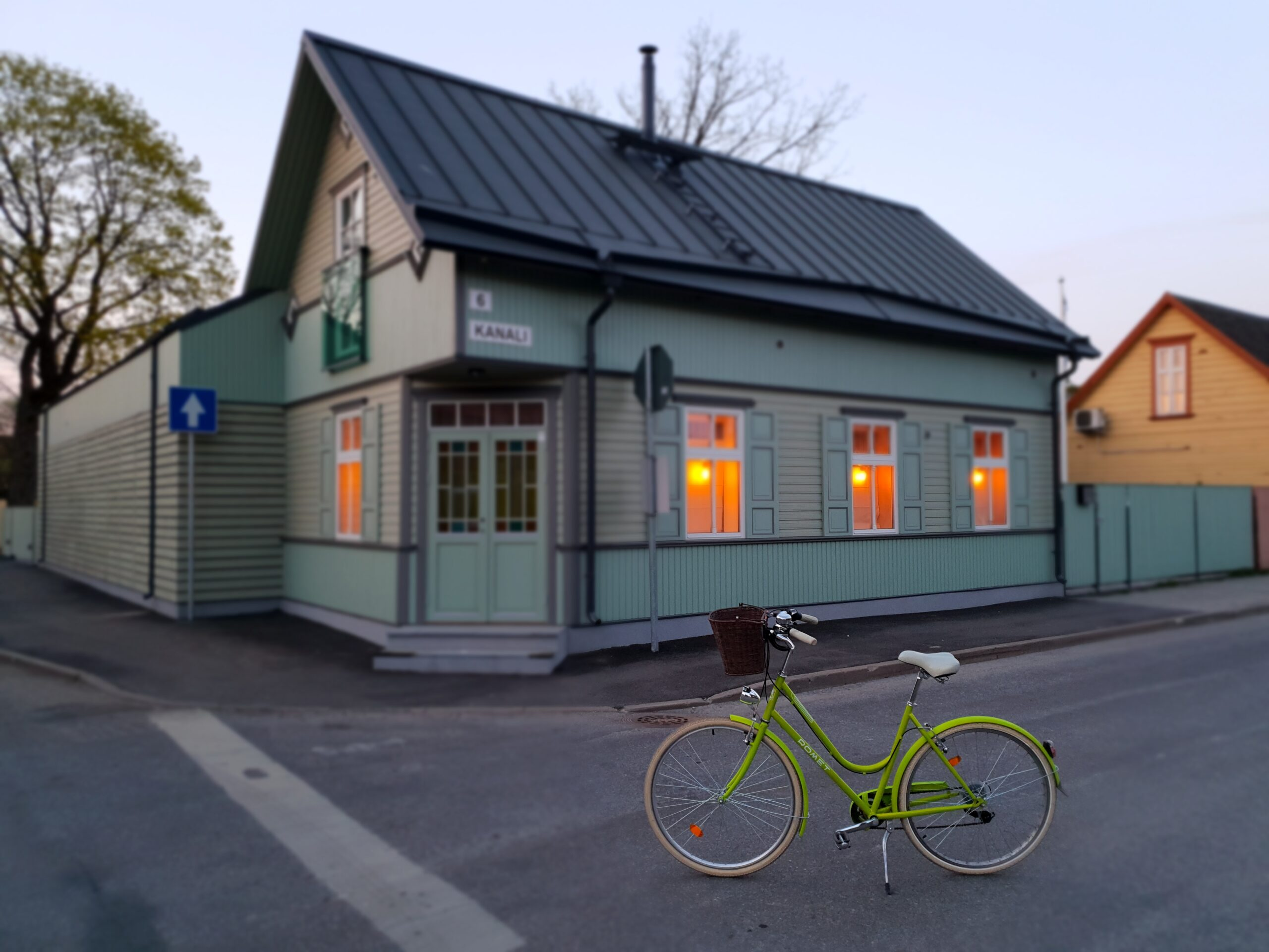 Green Bicycle in Parnu_Errit Kuldkepp_Positively Inspiring Lifestyle_Spring 2019 (3)