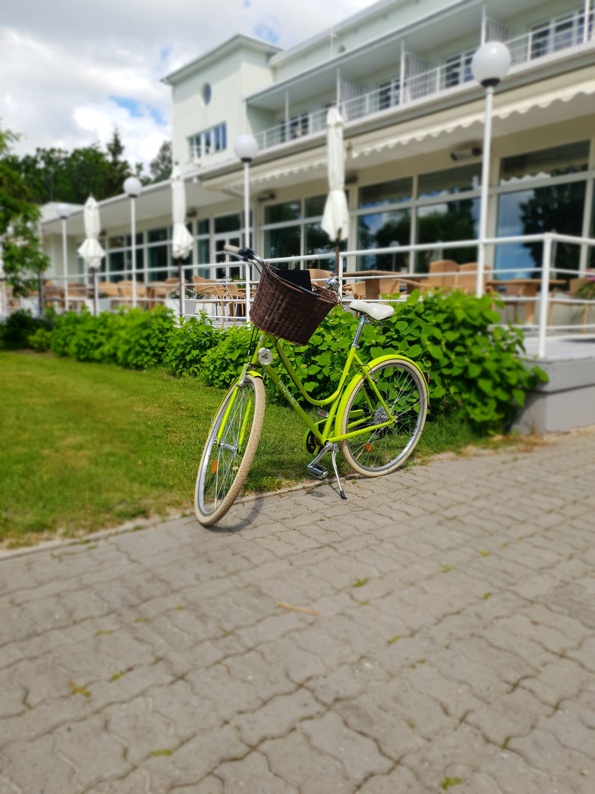 Green Bicycle in Parnu_Errit Kuldkepp_Positively Inspiring Lifestyle_Spring 2019 (38)